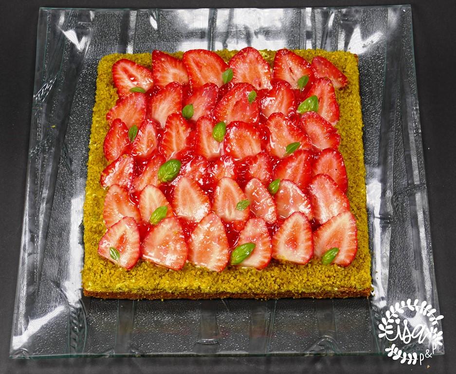 Sablé Breton aux fraises et ganache basilic
