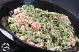 Tagliatelles vertes au saumon