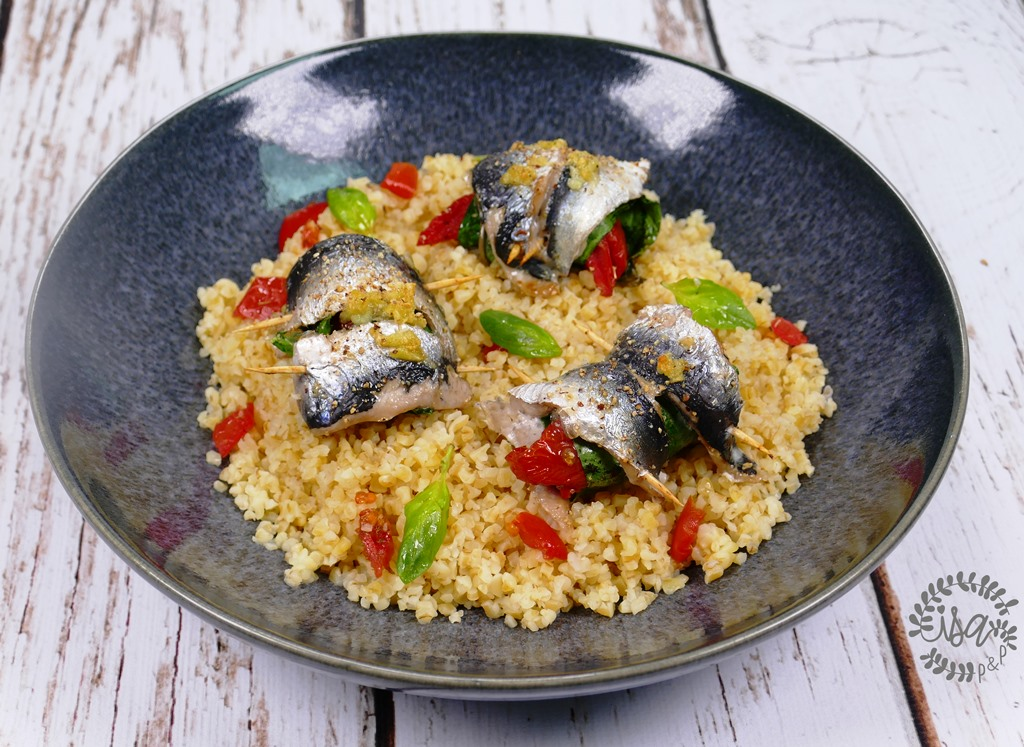Sardines farcies aux tomates confites, basilic et épinards