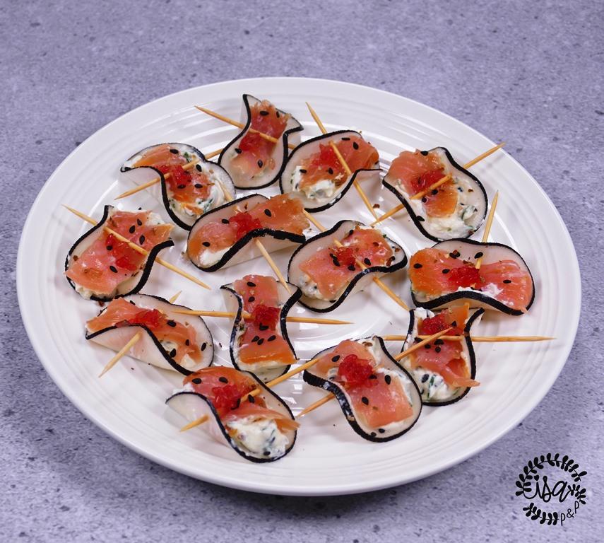 Bouchées radis noir et saumon fumé