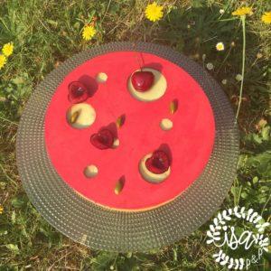 Tarte cerise pistache par Claire Heitzler