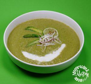 Velouté d'asperges au curry vert