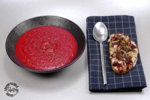 Soupe de betteraves & tartines de rillettes de lapin
