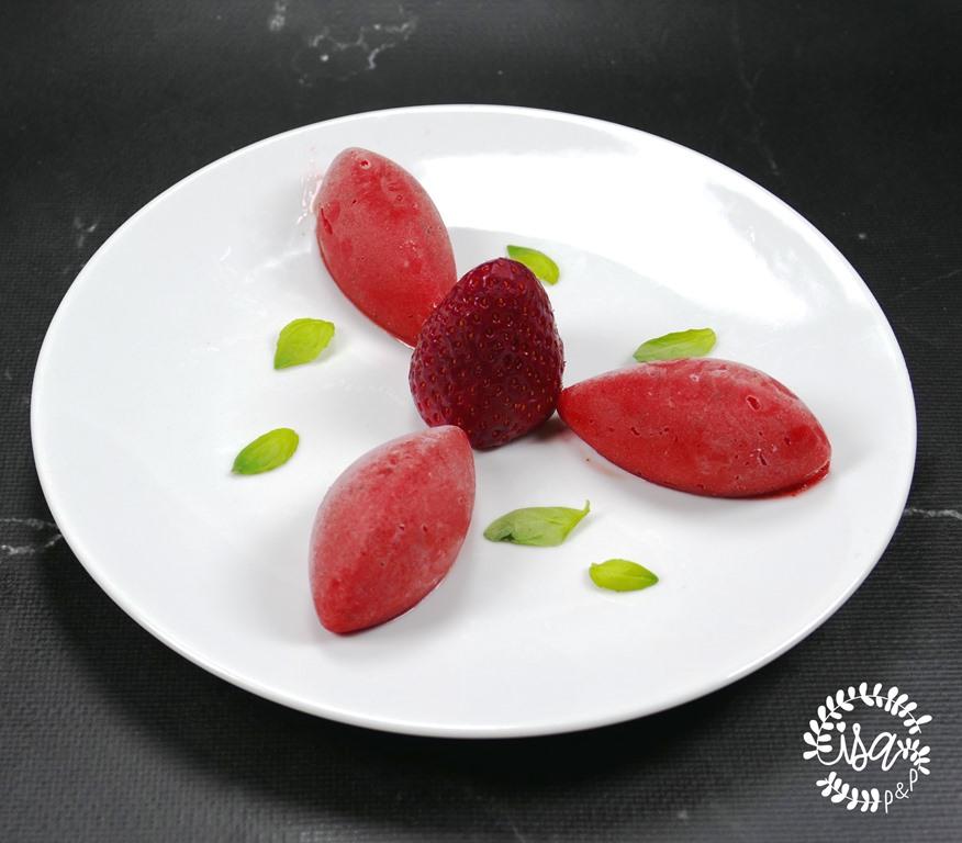 Sorbet fraise-basilic