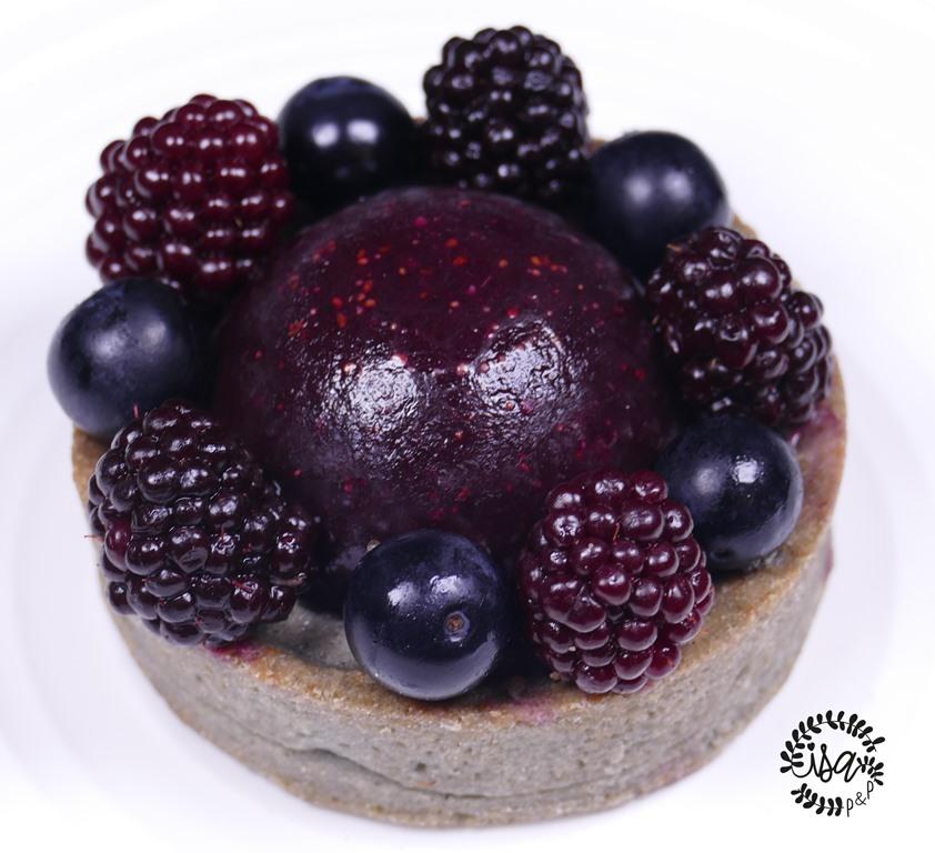 Black tarte myrtilles et mûres